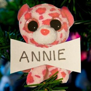 Annie MacArthur
