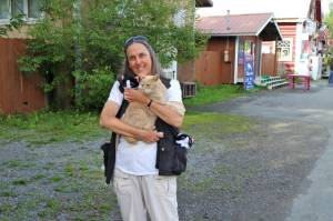 Victoria and Albert have-a-conference with Mayor Stubbs of Talkeetna