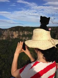 Katrina and Ambavatar Stan admire the Blue Mountains (New South Wales, Australia) by Daniel Mack